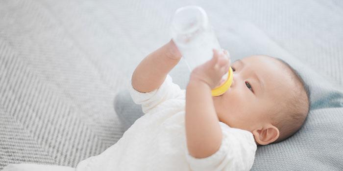ハミングウォーター 赤ちゃん ミルク おすすめ