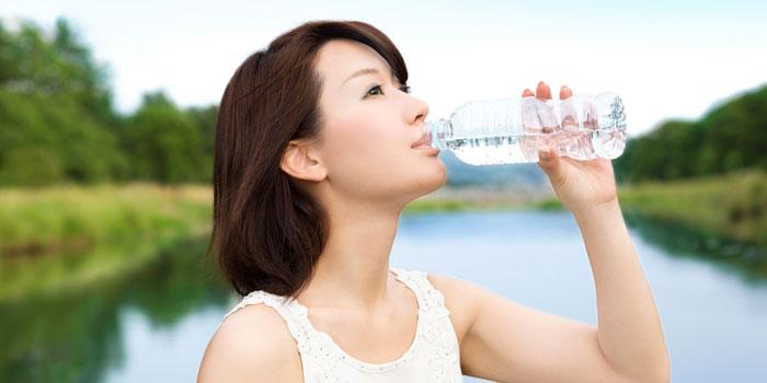 水の正しい飲み方